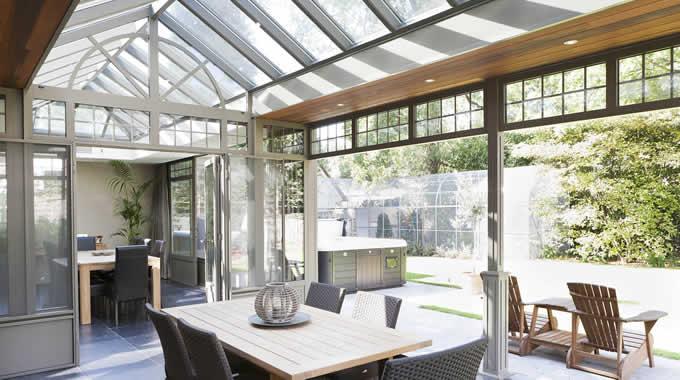 Orangerie of veranda mijn vind snel je ideale installateur - Interieur van een veranda ...
